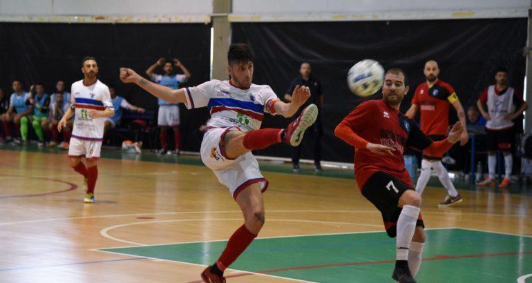 Definito l'accordo tra United Pomezia e De Simoni: il capitano resta con i rossoblu